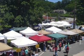 Insider 39 s guide to lake lure nc for Lake lure arts crafts festival