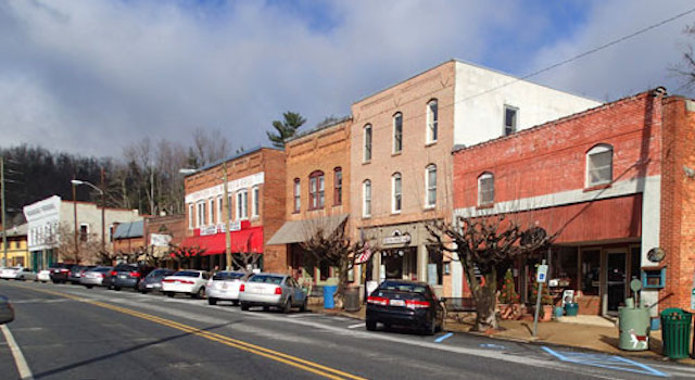 Saluda North Carolina Downtown